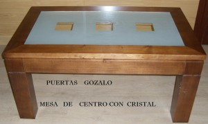 Mesa de centro con cristal Medidas 100x60. Patas macizas de 90x90mmPrecio. 220,00€      Rebajas... 195,00€
