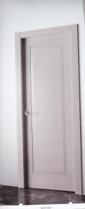 Puerta plafonada lacada