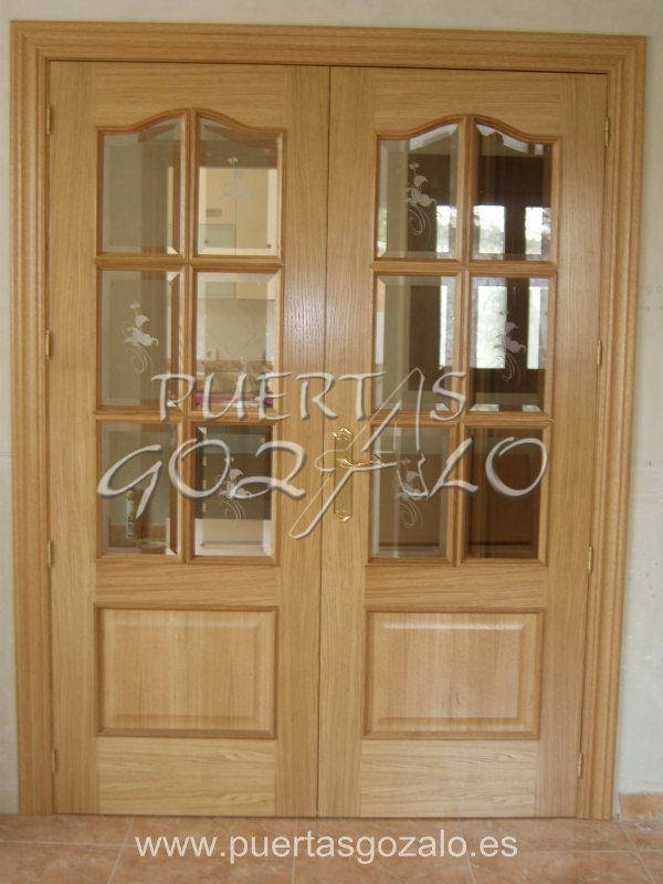 Puerta doble en roble de 6 vidrios (2)